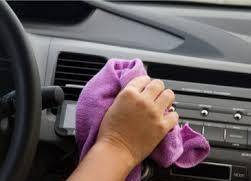 pulizia interna auto